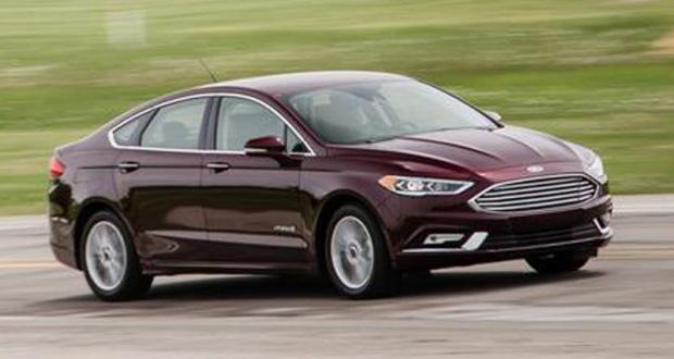 Concours gagnez 24 mois de location d'une Ford Fusion Hybride 2017