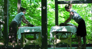Forfait La Source massage extérieur + nuitées en cabanitas