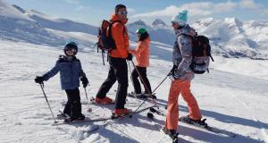 Gagnez Un forfait de ski familial (Valeur de 4300$)