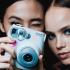 Une caméra Instax Mini 9