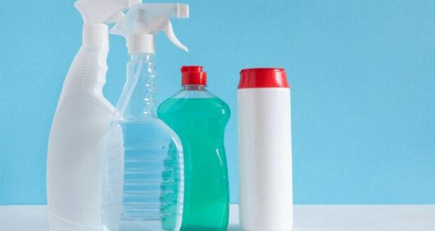 Testez des produits d'entretien pour la cuisine et la salle de bain